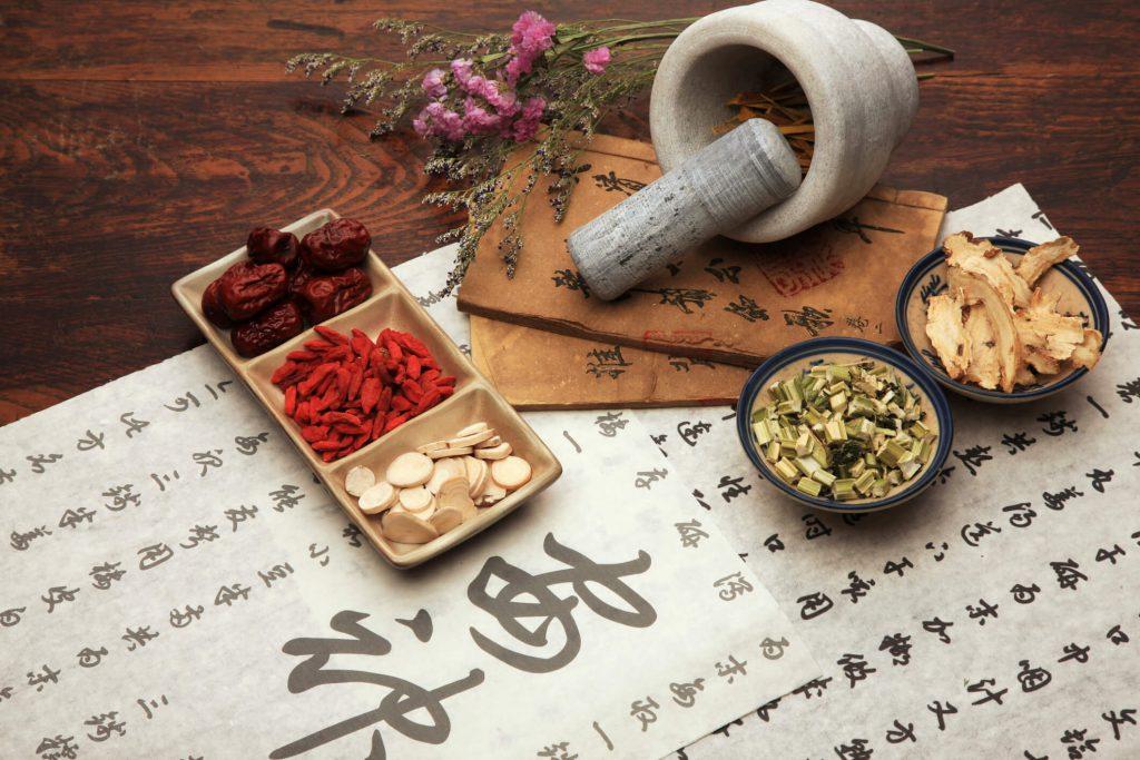 לימודי רפואה סינית מכללת מעינות לרפואה משלימה